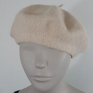 Beret Hat Cream Color Laine Acrylic Blend